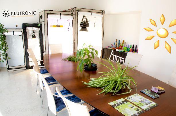 pflanzenlampe led pflanzenlampe pflanzenlampe. Black Bedroom Furniture Sets. Home Design Ideas